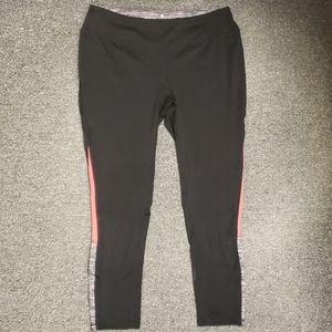 💜 Like new Women's active leggings size L